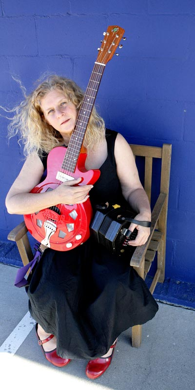 kristina olsen in a benefit concert for Gila / Mimbres Community Radio